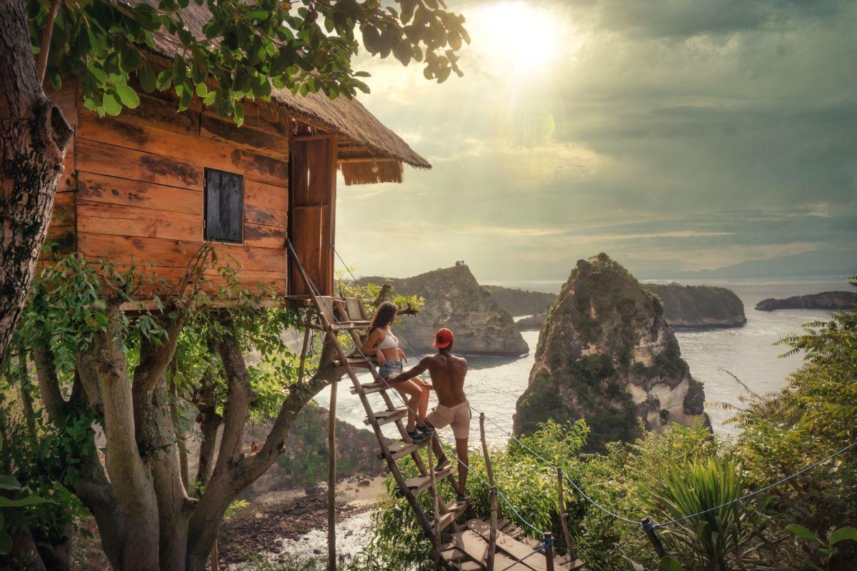 Baumhaus am Wasser